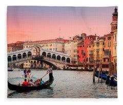 La Bella Canal Grande Fleece Blanket