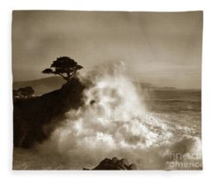 Big Wave Hitting The Lone Cypress Tree Pebble Beach California 1916 Fleece Blanket