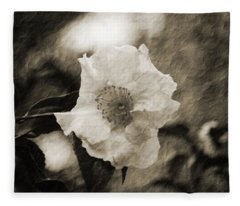 Black And White Flower With Texture Fleece Blanket
