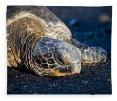 Black Sand Nap Fleece Blanket