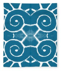 Blue And White Wave Tile- Abstract Art Fleece Blanket