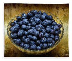 Blueberry Elegance Fleece Blanket