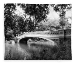 Bow Bridge In Black And White Fleece Blanket