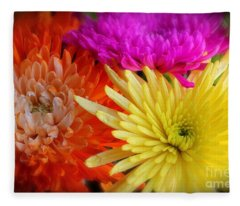Bright Chrysanthemums Fleece Blanket