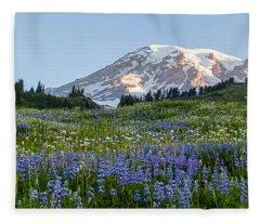 Brilliant Meadow Fleece Blanket