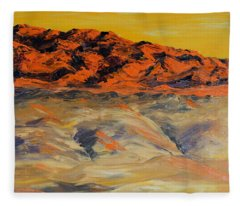 Brilliant Montana Mountains And Foothills Fleece Blanket