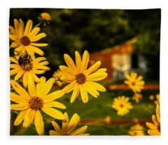 Bumble Bee On A Western Sunflower Fleece Blanket