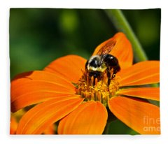 Bumblebee Hard At Work Fleece Blanket