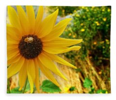 Busy Visitor Fleece Blanket