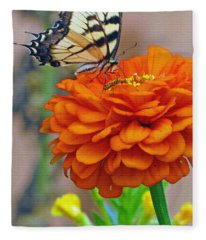 Butterfly With Colorful Zinnia Fleece Blanket