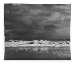 Bw Stormy Seascape Fleece Blanket