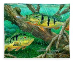 Catching Peacock Bass - Pavon Fleece Blanket