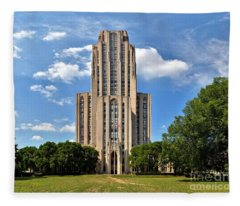 Cathedral Of Learning Pittsburgh Pa Fleece Blanket