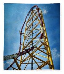 Cedar Point - Top Thrill Dragster Fleece Blanket