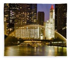 Centennial Fountain Over Chicago River At Dusk Fleece Blanket