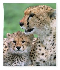 Cheetah Mother And Cub Fleece Blanket