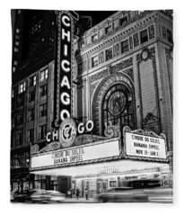 Chicago Theatre Marquee Sign At Night Black And White Fleece Blanket