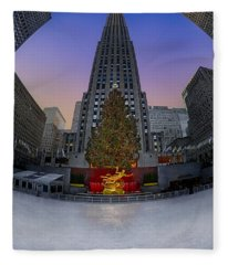 Christmas In Nyc Fleece Blanket