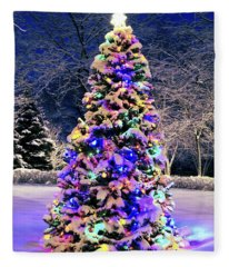 Christmas Tree In Snow Fleece Blanket