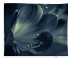 Clivia Miniata II Fleece Blanket