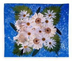 Close Up Of White Daisy Bouquet Fleece Blanket