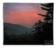 Clucks West Ossipee Mountain Sundown Fleece Blanket