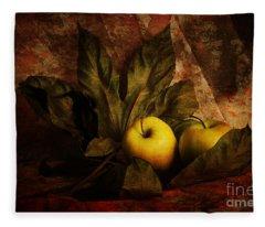 Comfy Apples Fleece Blanket