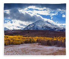 Conways Summit Fleece Blanket