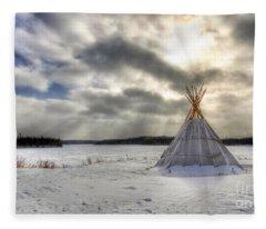 Cree Tepee Fleece Blanket