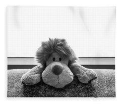 Curious Leo Fleece Blanket