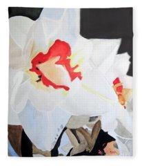Daffodil 3 Fleece Blanket