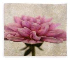 Dahlietta Amy Textured Fleece Blanket