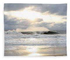 Day's Rolling Waves Fleece Blanket