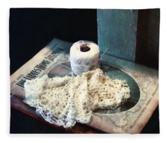 Doily And Crochet Thread Fleece Blanket