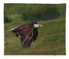 Eagle With Prey Fleece Blanket