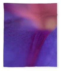 Purple Glow   Fleece Blanket