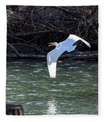 Egret In Flight Fleece Blanket