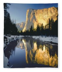 2m6542-el Cap Reflect Fleece Blanket