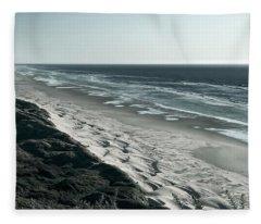 Endless Sand Dune Beach - Southern Oregon Fleece Blanket
