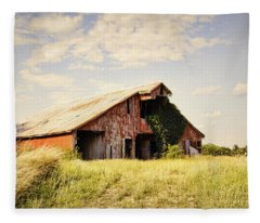 Englewood Barn Fleece Blanket