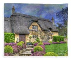 English Country Cottage Fleece Blanket