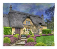 English Country Cottage Fleece Blanket