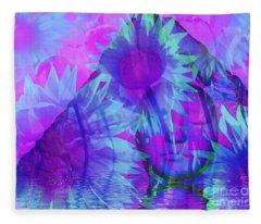 Face In The Rock Dreams Of Sunflowers Fleece Blanket