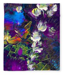 Fairy Dusting Fleece Blanket