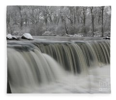 Falls In Winter Fleece Blanket