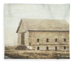 Filley Stone Barn Fleece Blanket