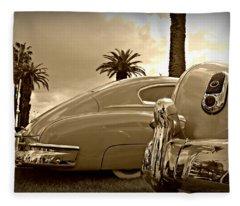 Fine '49s Fleece Blanket