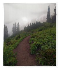 Foggy Crest Trail Fleece Blanket