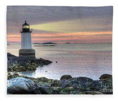 Fort Pickering Lighthouse At Sunrise Fleece Blanket