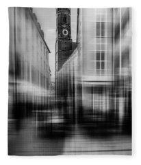 Frauenkirche - Muenchen V - Bw Fleece Blanket